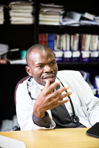 Dr.-Mulenga