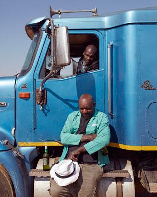 Pomona-chauffeurs-Photo-by-Erik-Smits
